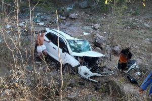 Motorista perde controle da direção e veículo cai de ponte em Santana do Ipanema
